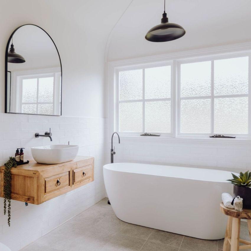 Dunoon Farmhouse Bathroom Soak in Luxury