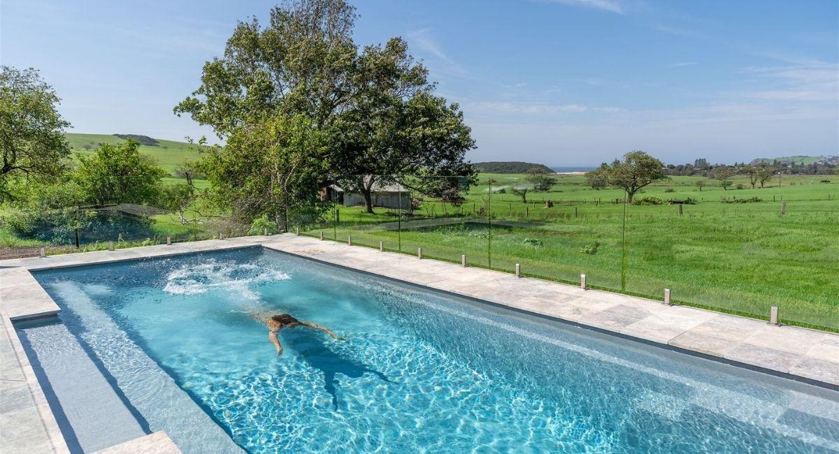 Dunoon Farmhouse Pool